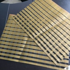 Two Chilwhich placemats, gold strip